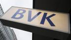 Die Lohnerhöhung von fast 50 Prozent für den BVK-Chef liegt für viele schief in der Landschaft.