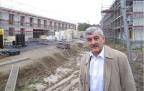 Genossenschaftspräsident Walter Wiedmer auf der Baustelle.