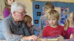 Antoinette Wohlwend arbeitet als Pensionierte beim Kindergarten in Thun mit.