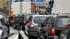 Gegen Blechlawinen: Bern wäre für einen baldigen Versuch für Strassengebühren parat.
