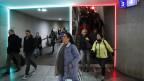 Rot-Grün Ampel für Pendler im Bahnhof Bern