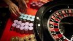 Ein Roulettetisch in einem Spielcasino