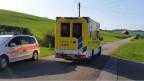 Die Ambulanz auf dem Weg zur Absturzstelle