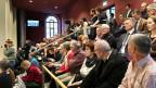 Volle Tribüne Kantonsratssaal GR