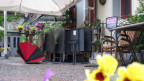 Gartenrestaurant im Regen