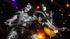 Gene Simmons (sanester) e Paul Stanley da la gruppa Kiss.