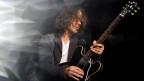 Chris Cornell durant in concert