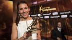Wendy Holdener cun ses premi sco sportista da l'onn 2017