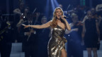 Celine Dion durant in concert