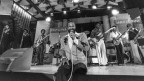 Marvin Gaye durant in concert 1980
