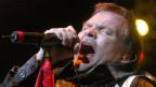 Meat Loaf durant in concert 2003.