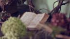 Dunnas e la lectura religiusa.