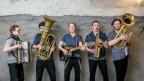 ils 5 giuvens da Fäaschtbänkler duront in concert