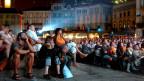 Grosandrang auf der Piazza Grande in Locarno: Während des jährlichen Filmfestivals finden täglich Vorführungen unter freiem Himmel statt.