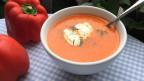 Audio «Kalte Peperoni-Suppe mit Sauerrahm und Basilikum» abspielen.