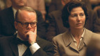 "Truman Capote (Philip Seymour Hoffmann) und Harper Lee (Catherine Keener) im Film ""Capote"" (Keystone)"