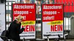 Plakate «Nein zur Abzocker-Initiative».
