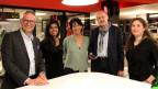 «Forum»-Redaktorin Simone Hulliger (mitte) mit ihren Gästen (v.l.) André Schläppi (55), Laavanja Sinnadurai (27), Hans Zoss (67) und Stefanie Grob (41).