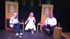 «Persönlich»-Gastgeberin Sonja Hasler (links) auf der Bühne im Gespräch mit Diana Pinck und Martin Meuli.