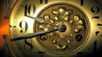 Grosse Uhr mit Zeiger