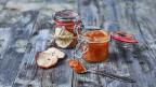 Einmachgläscher mit Apfelbutter