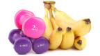 Bananen und Sportgewichte