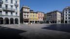 Leere Piazza della Riforma in Lugano.