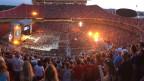 Country in Konzert mit geladener Live-Atmosphäre