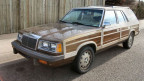 Ein Beispiel aus dem Alter: Das Auto scheint mit Holz verkleidet zu sein. Eine Funktion hat das Holzimitat nicht.