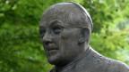 Statue von Josef Frings.