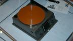 So ähnlich wie dieses Magnetplatten-Diktaphon muss das Notaphon ausgesehen haben