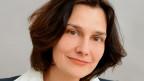 Das Bild zeigt ein Porträt der ukrainischen Schriftstellerin Katja Petrowskaja.
