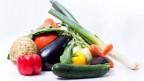 Arrangement aus verschiedenen Gemüsesorten.