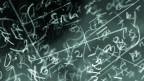 Tafel mit vielen Formeln