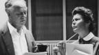 Leopold Biberti und Annemarie Blanc während den Aufnahmen im Hörspielstudio.