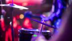 Schlagzeuger von hinten