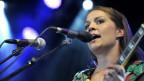 Priska Zemp, Leadsängerin der Schweizer Band «Heidi Happy» beim Paleo Music Festival