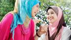 Junge Musliminnen und Muslime sind in der Schweiz in über achtzig verschiedenen Gruppierungen organisiert.