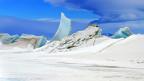Eislandschaft unter blauem Himmel