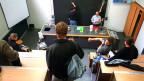 Schüler am Mathematisch-Naturwissenschaftlichen Gymnasiums Rämibuehl in Zürich.