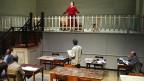 Eine Szene des Theaterstücks «Geschwister Tanner» unter der Regie von Anna Viebrock in der Box des Schauspielhauses Schiffbau Zürich.