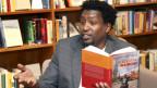 Nairobi ist Schauplatz seiner Krimis: der amerikanisch-kenianische Autor Mukoma wa Ngugi.