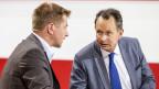 Toni Brunner (SVP) im Gespräch mit Philipp Müller (FDP).