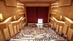 Beste Akkustik durch die Holzverkleidung: der neue Konzertsaal des LAC.