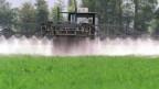 Auch Schweizer Bauern setzen Glyphosat ein.