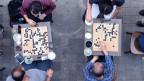 Die Spieltheorie versucht strategisches Handeln zu erklären.