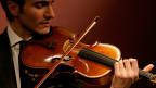 David Aaron Carpenter spielt auf der «Macdonald» Viola von Antonio Stradivari.
