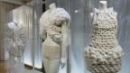 Textilien zwischen Kleider und Schmuck