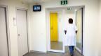 Suizidversuche auf der Abteilung sind auch für die Mitpatienten und das Pflegepersonal belastend.