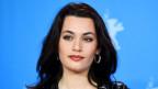 Die schweizerisch-französische Schauspielerin Ela Rumpf wurde 1995 in Paris geboren.